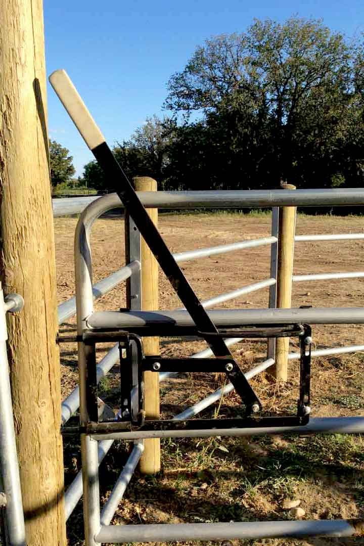 Rancher Latch Cowboy Gate Latch Red River Arenas